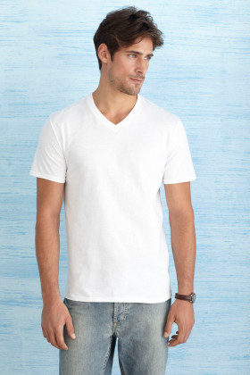 L'objet publicitaire Gildan t-shirt SoftStyle V-neck for him